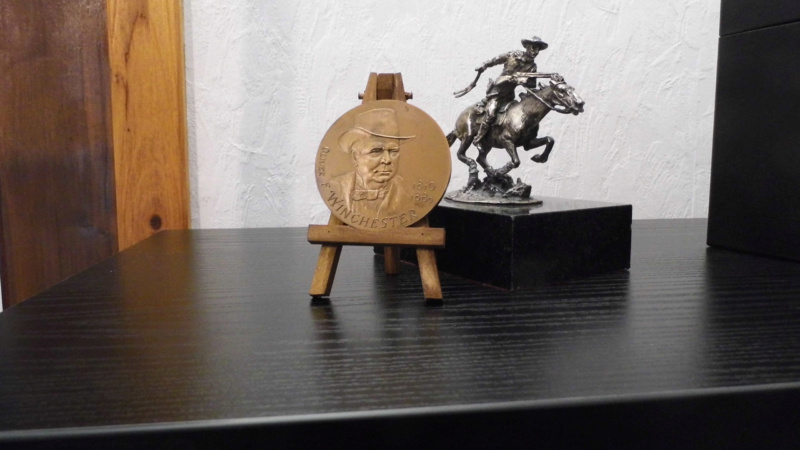 Médaille centennaire de la mort de Oliver Winchester Mzodai16