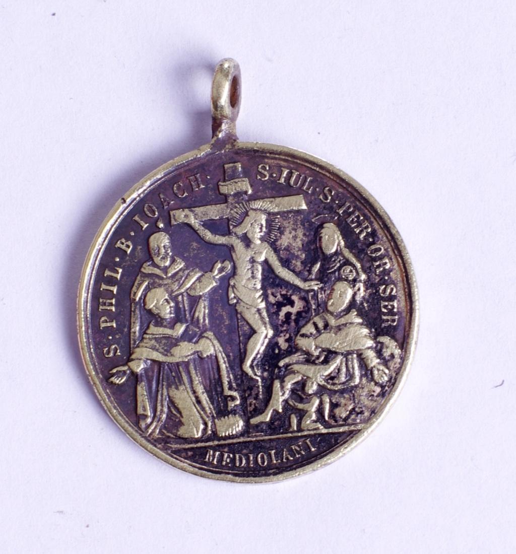 medalla siete santos que fundaron los servitas de Marie Phot9345