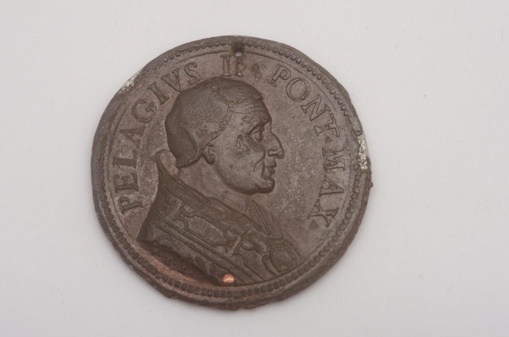 medalla papal pelagius Phot9735