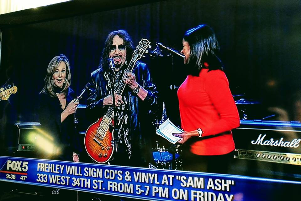Ace Frehley News ! - Page 3 44108410