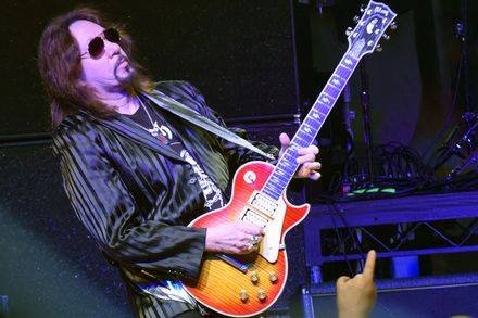 Ace Frehley News ! - Page 10 46457910