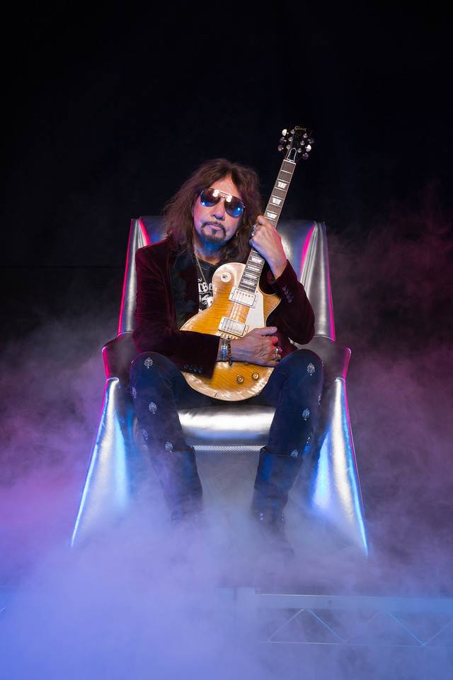 Ace Frehley News ! - Page 10 50104210
