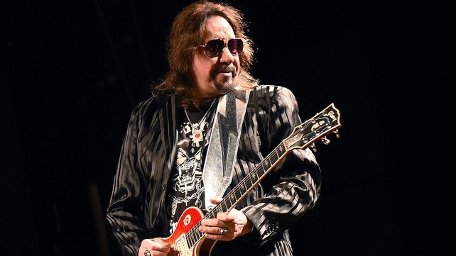Ace Frehley News ! - Page 11 86385_10
