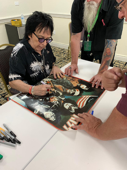 Peter  Criss News - Page 7 910