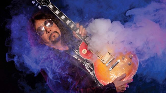 Ace Frehley News ! - Page 6 9cwx6y10