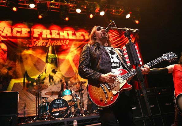 Ace Frehley News ! - Page 2 Ace-fr13