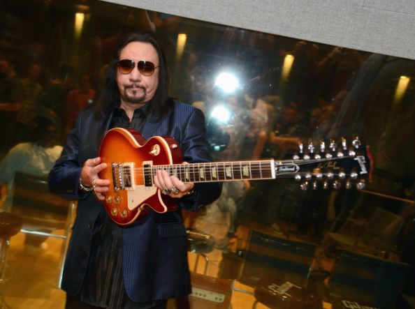 Ace Frehley News ! - Page 2 Ace-fr14