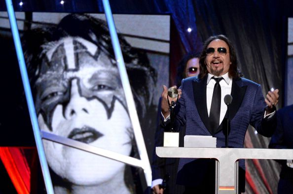 Ace Frehley News ! - Page 2 Ace-fr15