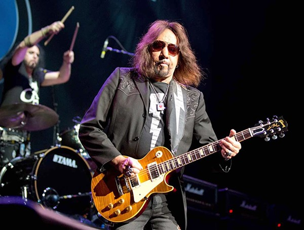 Ace Frehley News ! - Page 12 Ace_fr12