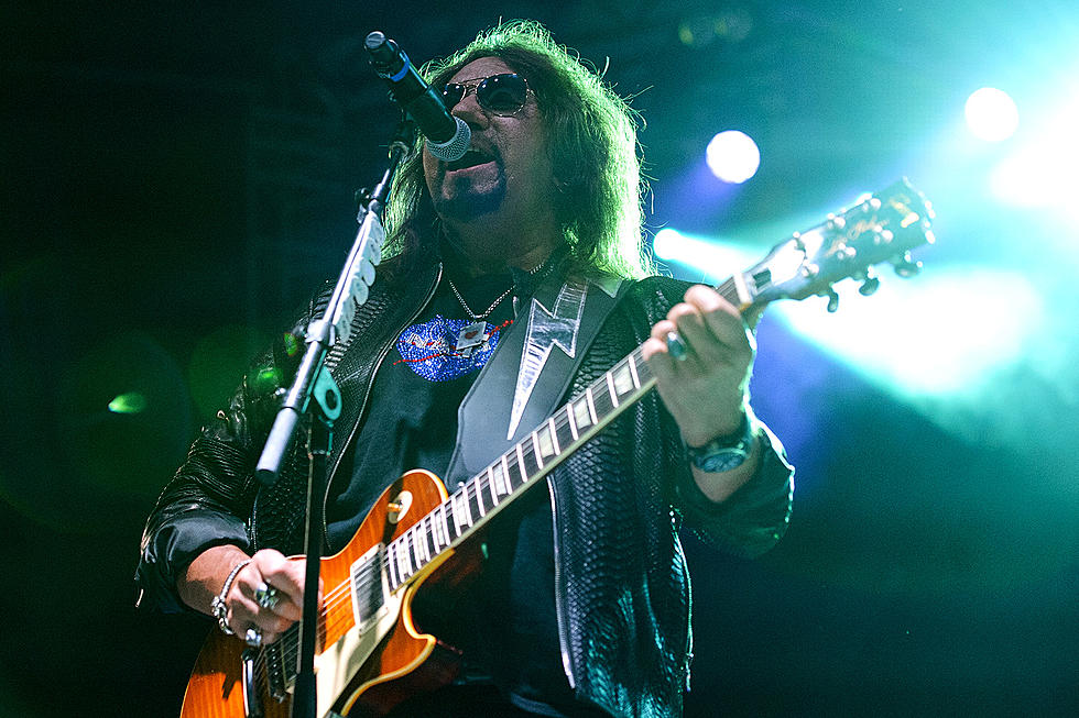 Ace Frehley News ! - Page 16 Frehle13