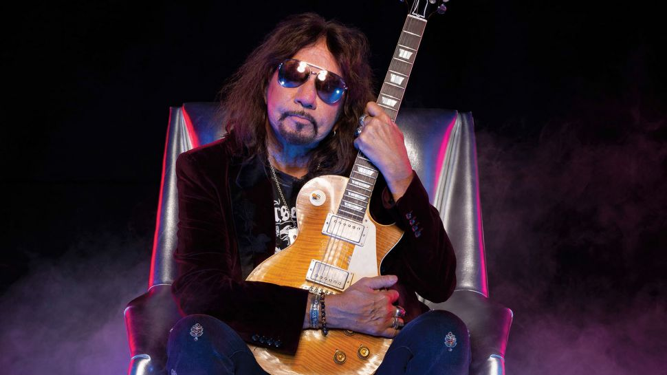 Ace Frehley News ! - Page 6 Rr44d610