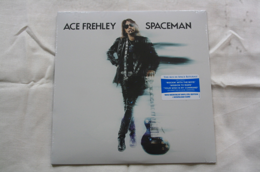 Ace Frehley News ! - Page 5 Spacem13