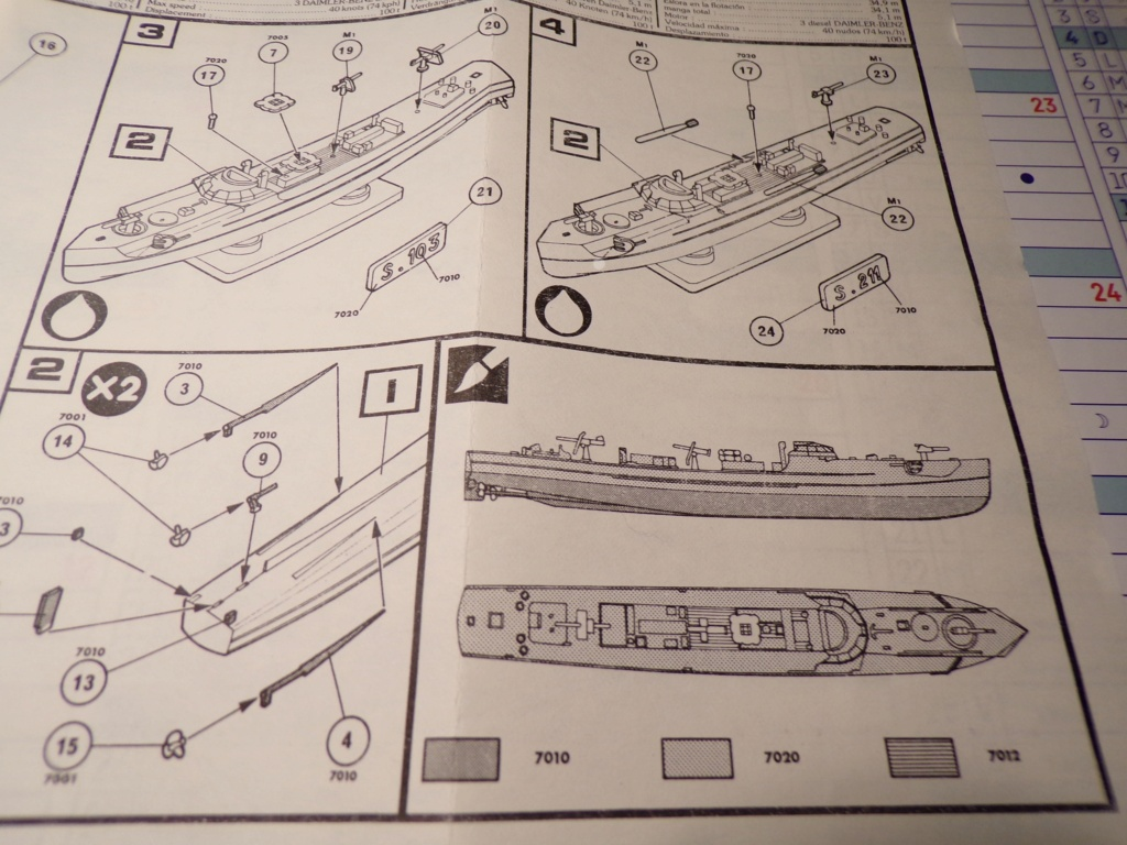 Schnellboot  S 103 & S211 1/400ème Réf 1057 115_4412