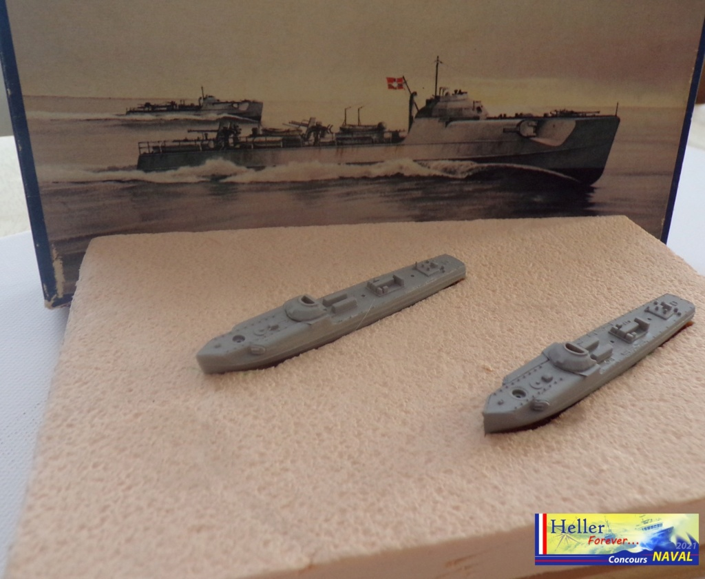 Schnellboot  S 103 & S211 1/400ème Réf 1057 115_4512