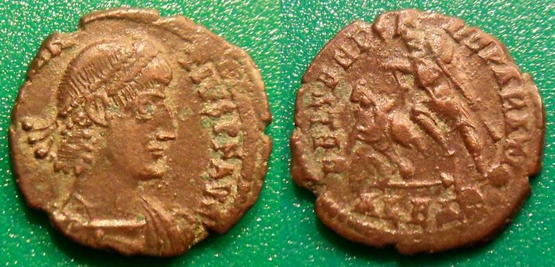 autres monnaies - Page 10 Sdc10011