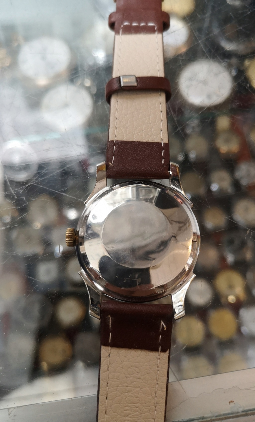 vulcain -  [Postez ICI les demandes d'IDENTIFICATION et RENSEIGNEMENTS de vos montres] - Page 42 2_img_11