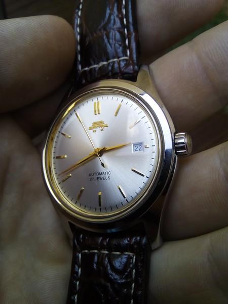 [VENDU] Beijing Watch Factory - Modèle 55e anniversaire – mouvement manufacture – Révisée  Img_2027