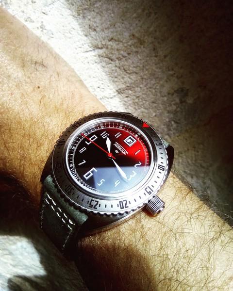 [VENDUE] - Raketa Sukhoï rouge 2020 garantie Img_2453