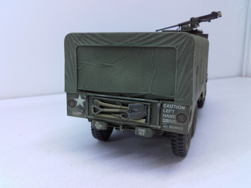 Dodge WC63 MG 1/35 AFV club - Page 2 20180823