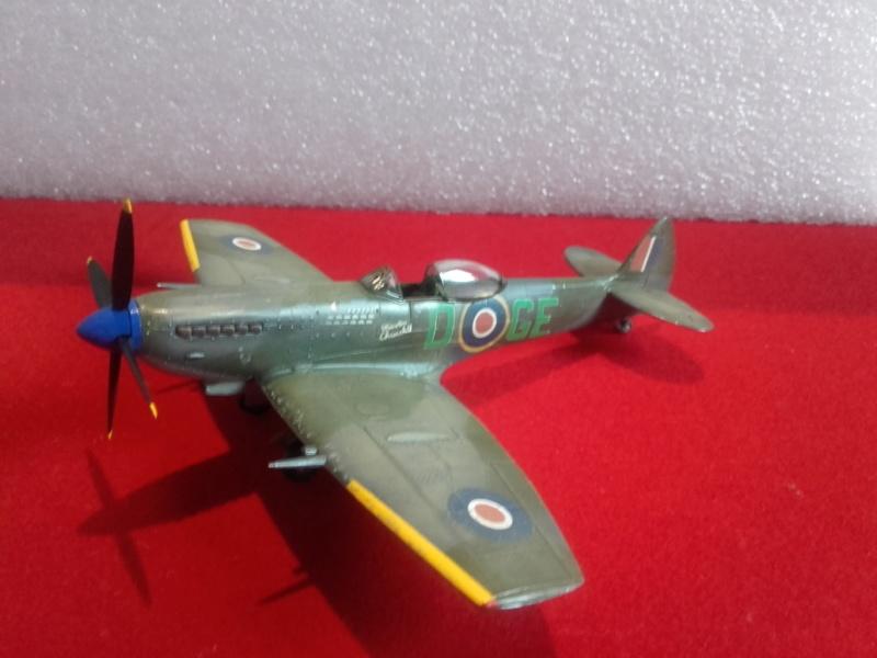 Spitfire MK XVI (Heller) 1/72 20181010