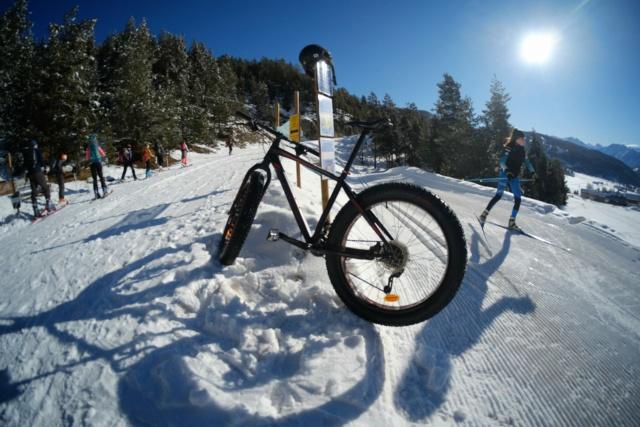 L'ETRTO des neiges. (Chronique du fat/flat bike) Dscf2411