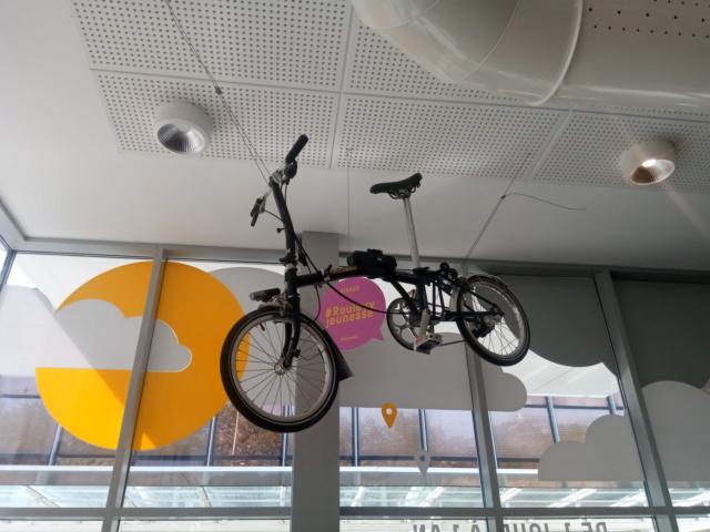 Le Brompton, outil de mobilité urbaine grand public? Etude de cas grenobloise. Img_2014