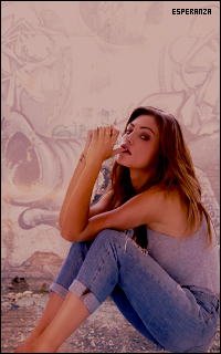 Phoebe Tonkin 549