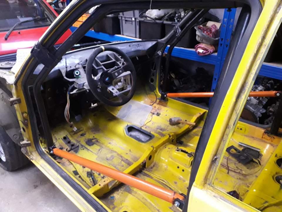 Restauration d'une ancienne 205 GTI grA pour le VHC - Page 2 Resize26
