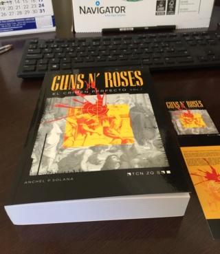 """""""Guns N' Roses. El Crimen Perfecto"""" El libro definitivo de la banda en castellano. (¡Escrito por un servidor!) Ya en verkami - Página 4 Img_1411"""