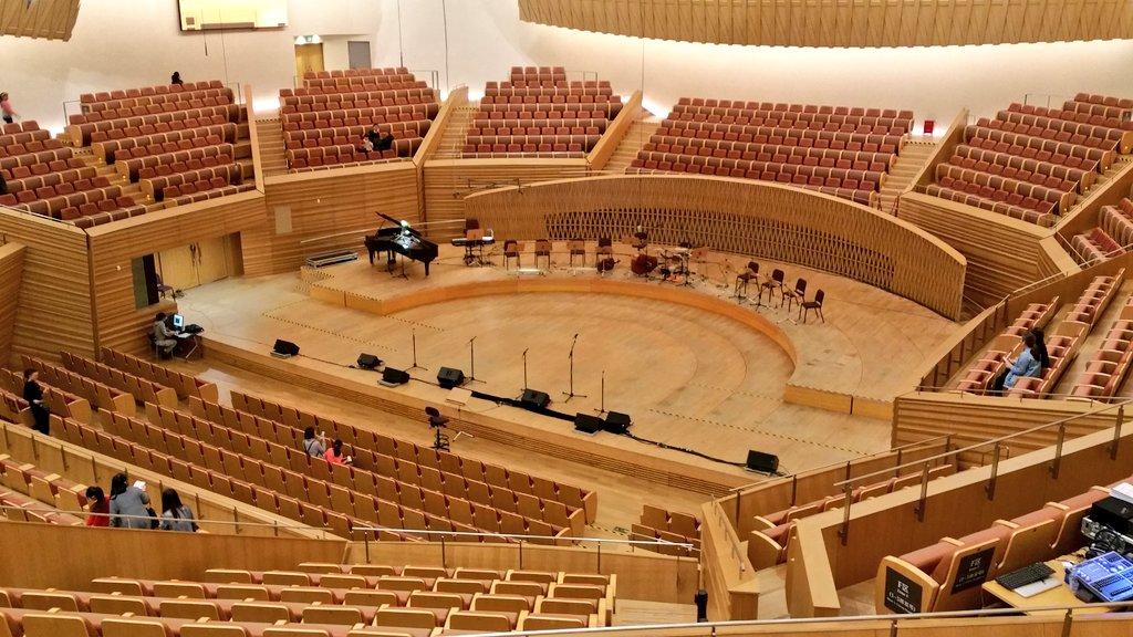 Les concerts et sorties (prestations live de Libera) [2000 → présent] - Page 4 Int13