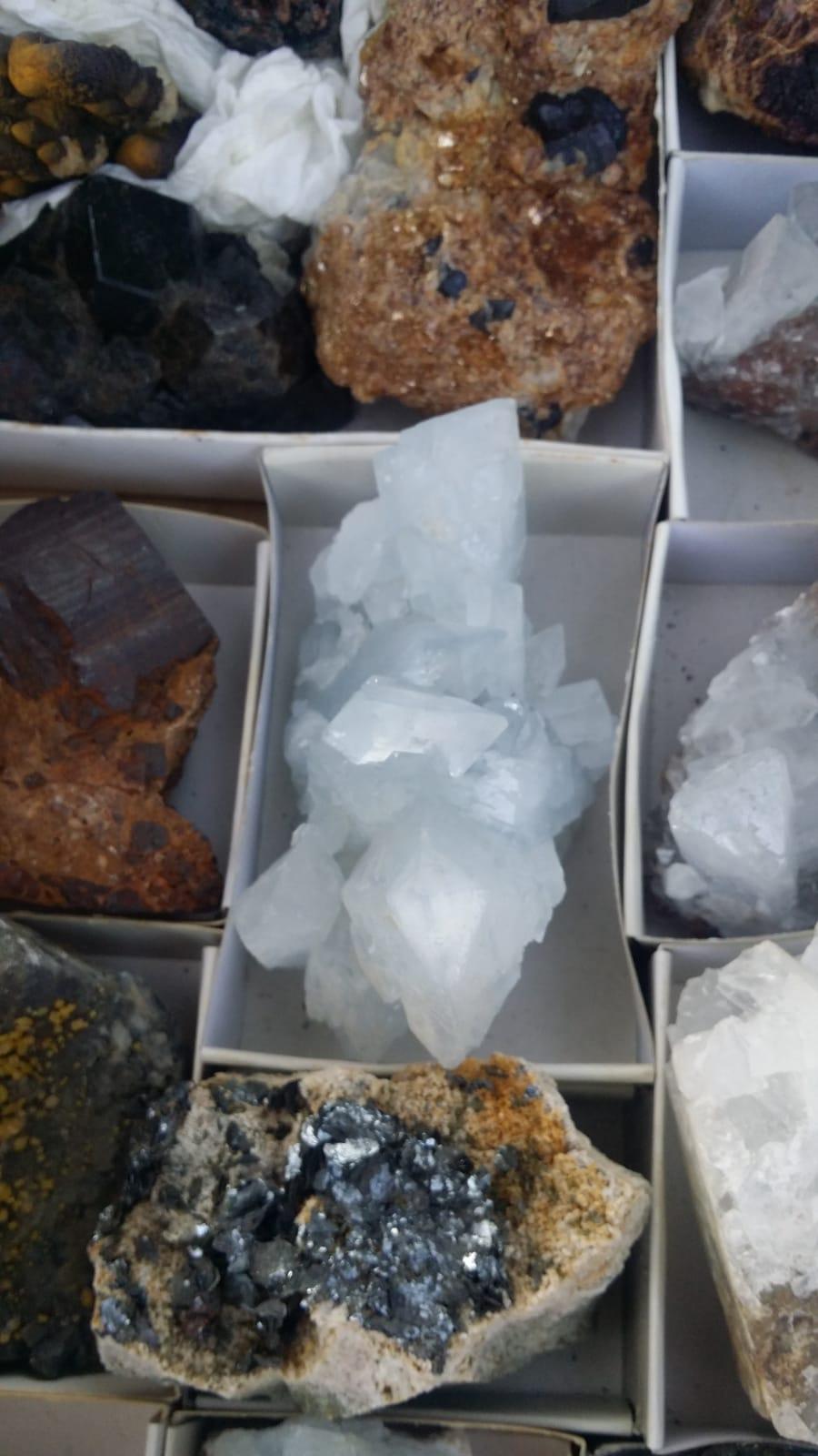I Feria de minerales intercambio y venta de Cártama (MÁLAGA) - Página 7 Img-2101