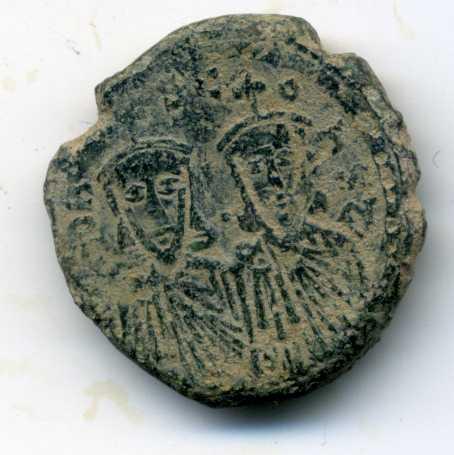 40 nummi de León III y Constantino V.  Anv00210