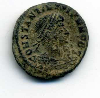 AE3 de Constantino II. GLORIA EXERCITVS Anv03410
