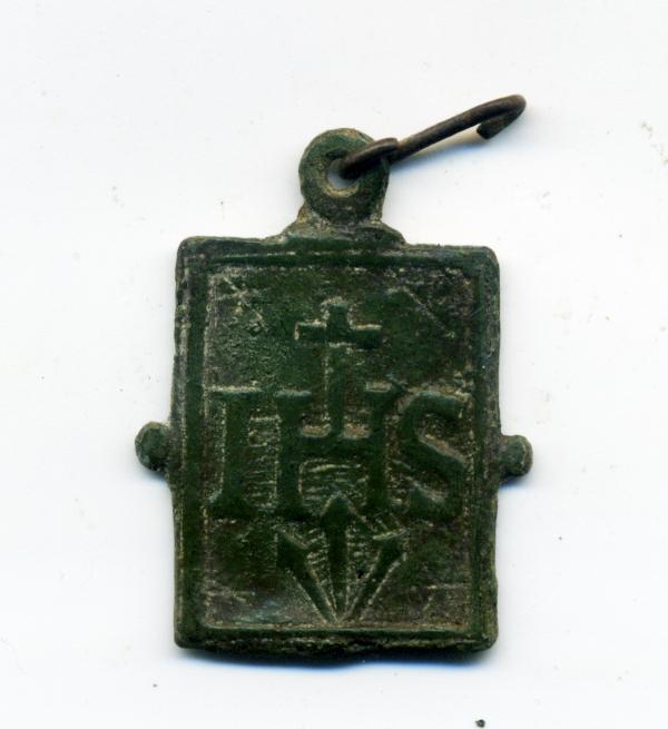 Cristo, tipología santa Faz / Monograma IHS. S. XVI Rev00415