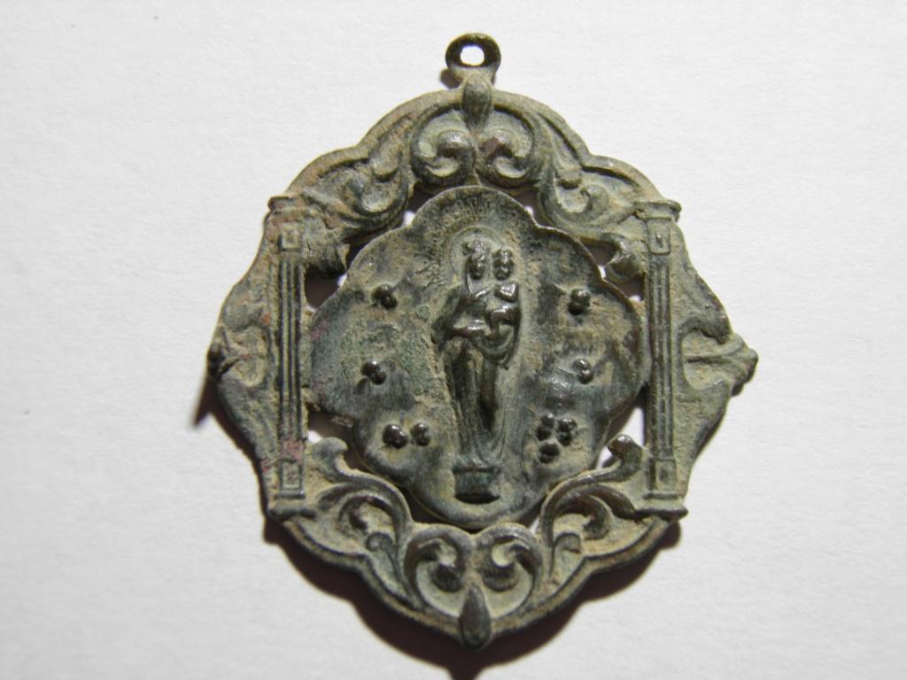 Medalla unifaz Ntra. Sra. del Pilar , s. XX P4180710