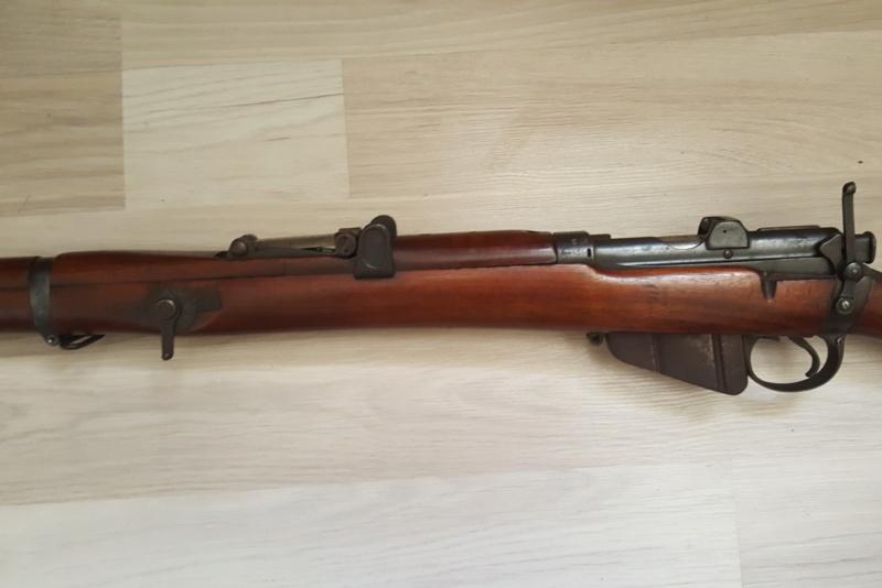 identification régiment en rapport plaque fusil 20190323