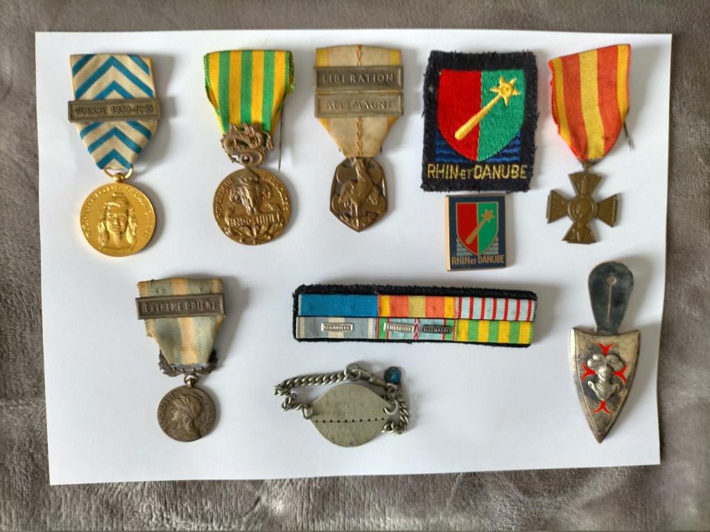 Petit lot de medailles et baïonnettes en ce début d'année  Img20211