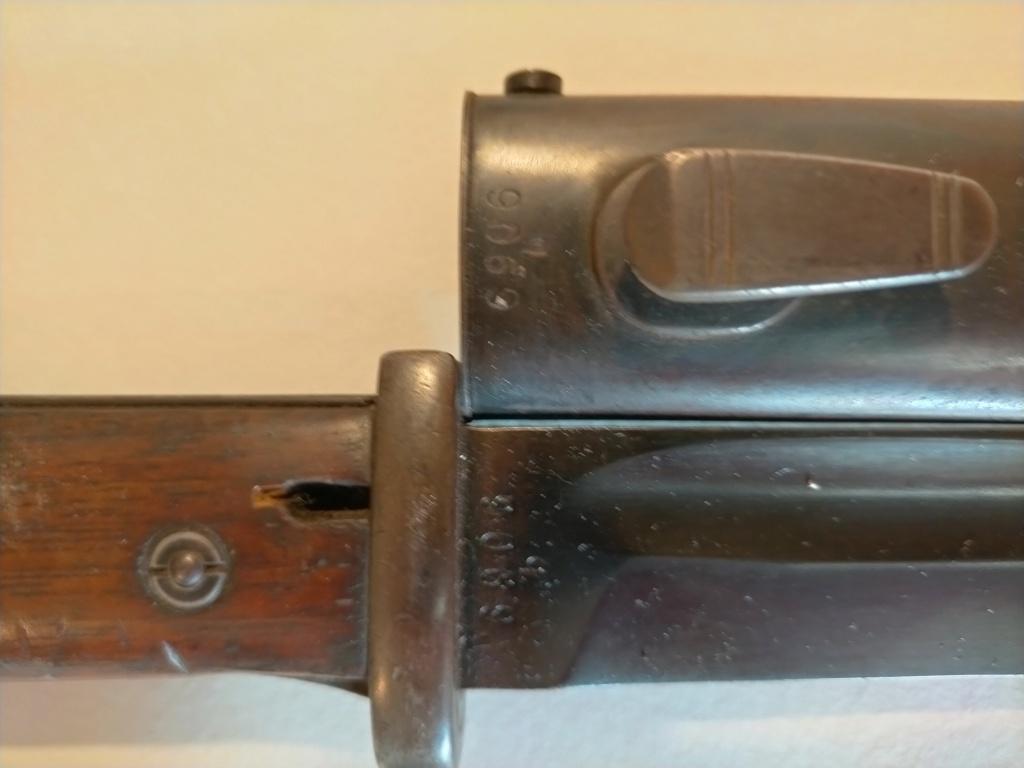 Identification fabriquant baïonnette allemande Img20247