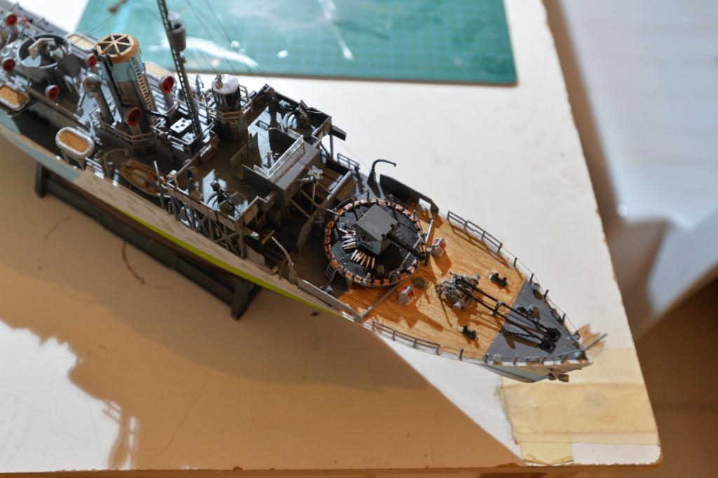 corvette HMCS Snowberry 1/144 Revell Dsc_8018
