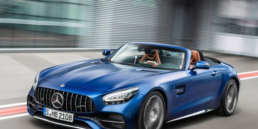Nuove Mercedes AMG GT 1-3210