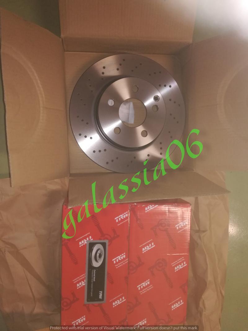 Sostituzione dischi e pastiglie su  C220 W 204 12510