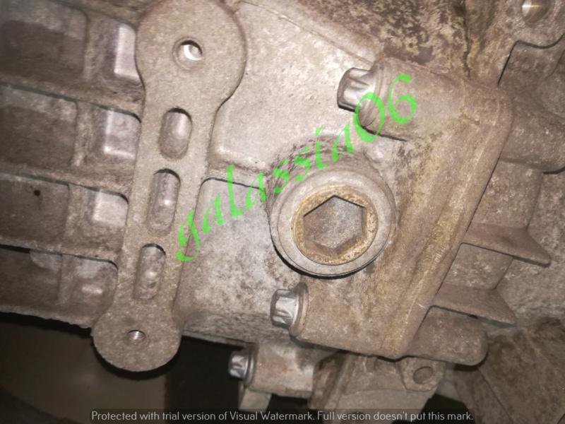 Cambio olio sul cambio manuale SLK  R 171 Img_2176