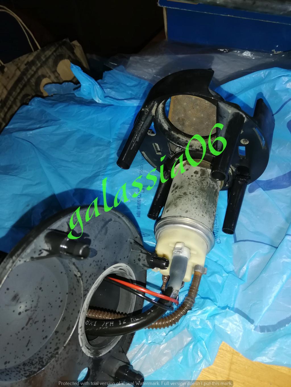 Sostituzione pompa carburante guasta SLK R 171 Img_2255