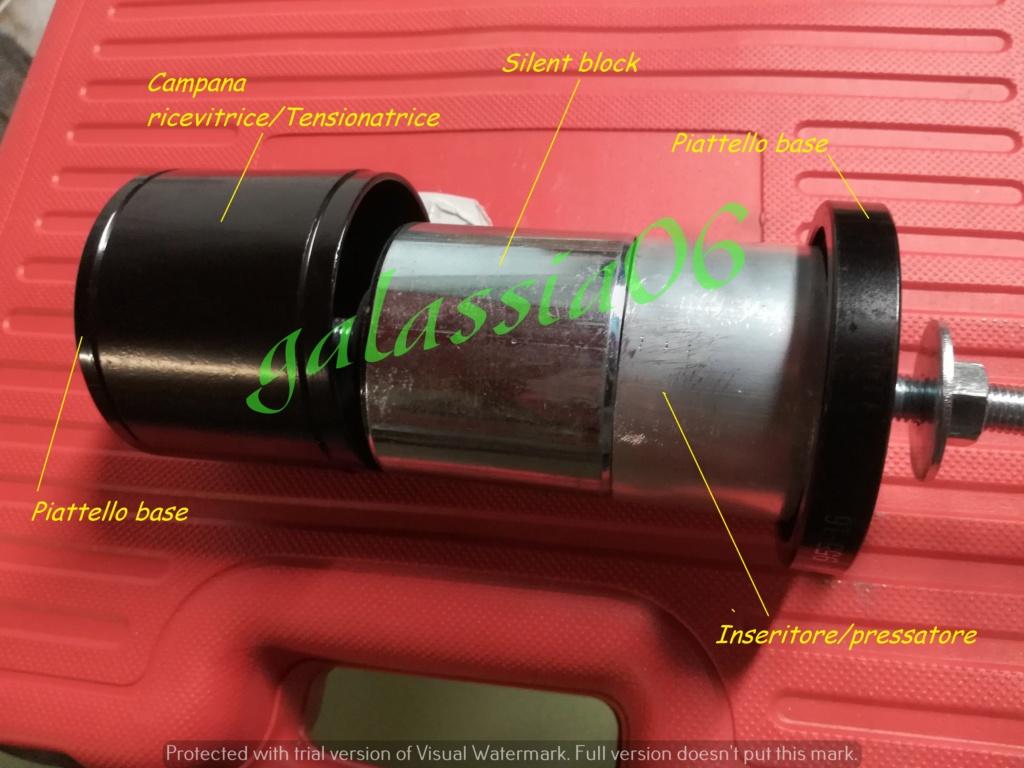Questa sarebbe l'attrezzatura  ideale  per estrarre/inserire i silent block e cuscinetti !!! Pressa10