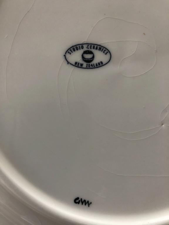 New Zealand wines plates ceramics  845cc210