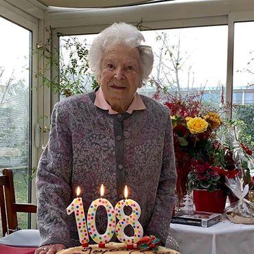 Preuves de vie sur les personnes de 108 ans - Page 3 48428310