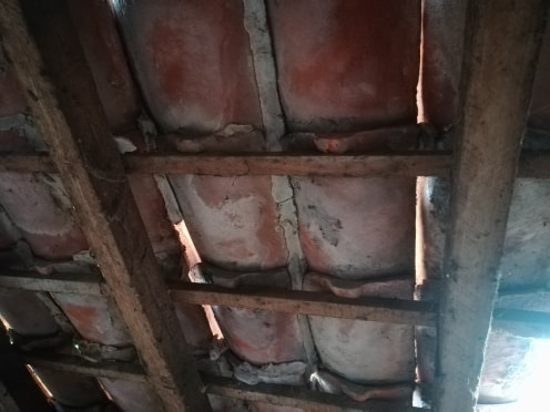 Prise de mesures et conseils pour remplacement d'arbalétriers dans une charpente existante Tuiles10