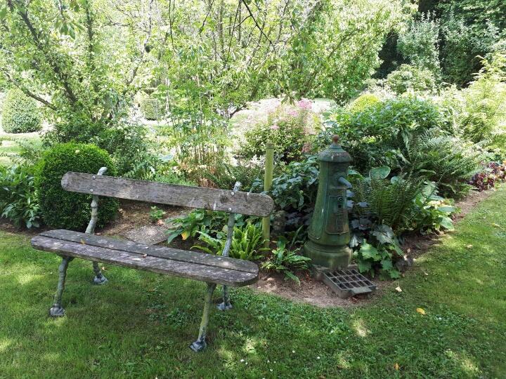 Concours..........'Scènes de jardin' !!! - Page 3 Resize13