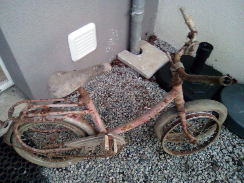 Vélo 14 pouces Gitane fin 70 ou début 80 Img_2010