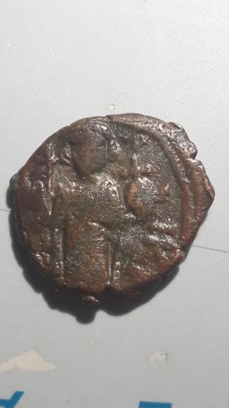 Felús arabo-bizantino copia de los 40 nummi de Constante II 15818722